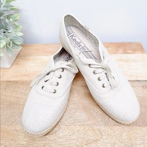 KEDS NATURAL LACE UP CANVAS SNEAKERS- BRAND NEW 💕